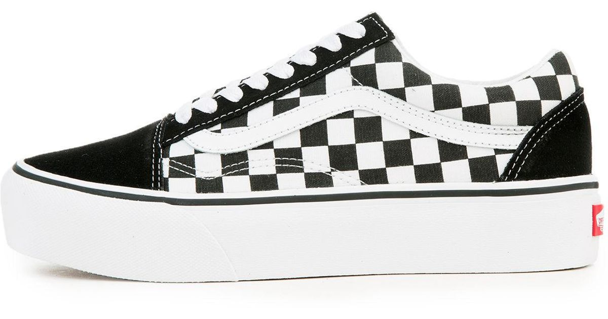 a6625cb85f Lyst - Vans The Women s Old Skool Platform In Checkerboard Black And True  White in Black