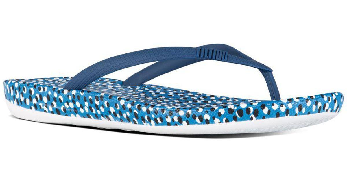 7a8340074 Lyst - Fitflop Iqushion Tm Super-ergonomic Flip Flops in Blue
