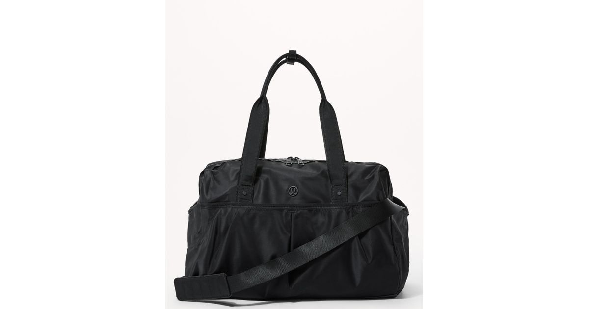 11a5746380 lululemon athletica All Day Duffel in Black - Lyst