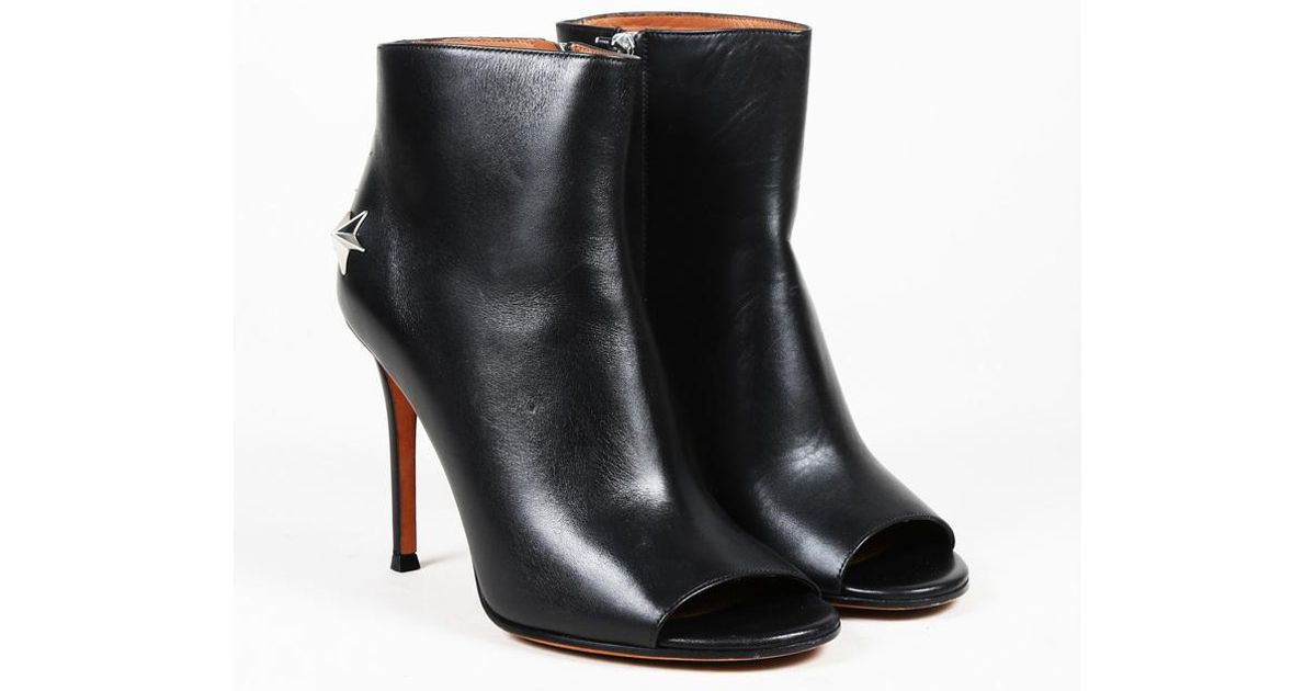 42e2983babd7 Givenchy Black Leather Star Studded Peep Toe Ankle Boots in Black - Lyst