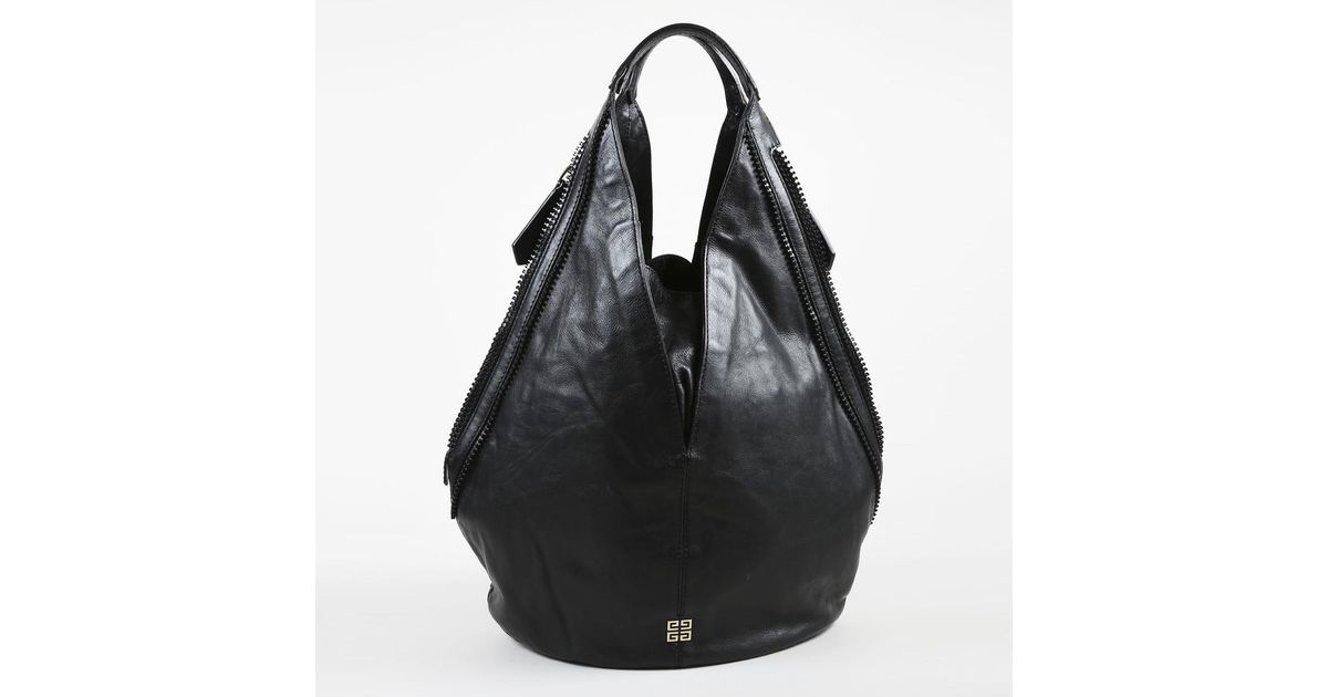 eff34be709 Lyst - Givenchy Black Grained Lambskin Leather