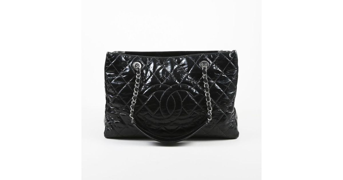 bc8cc314b0 Chanel Black Patent Leather Quilted Chain Handle 'cc' Grand Shopping Tote  Bag in Black - Lyst