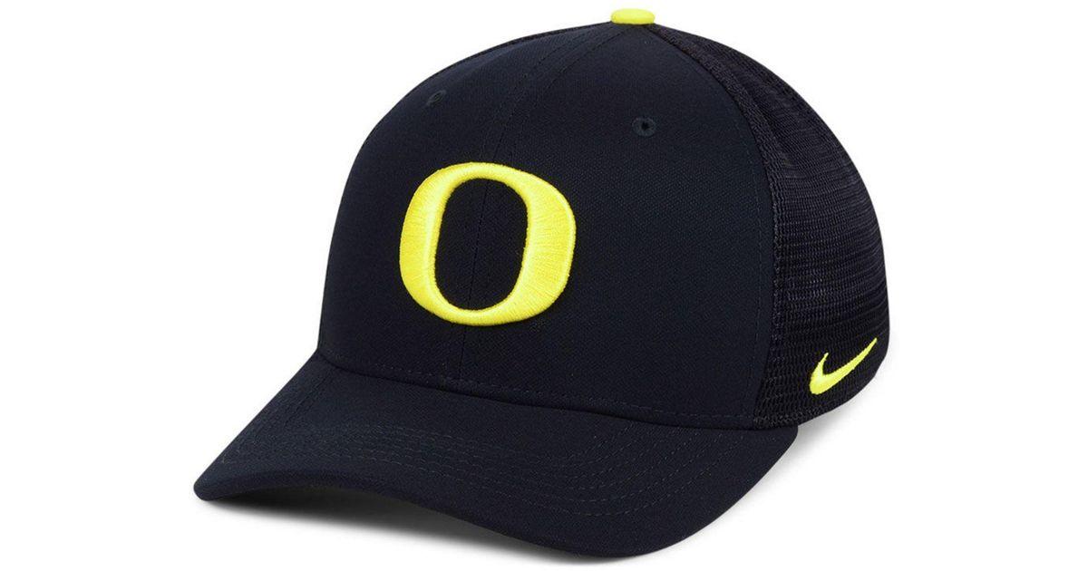 newest 60b05 500b4 Lyst - Nike Oregon Ducks Col Aro Swooshflex Cap in Black for Men