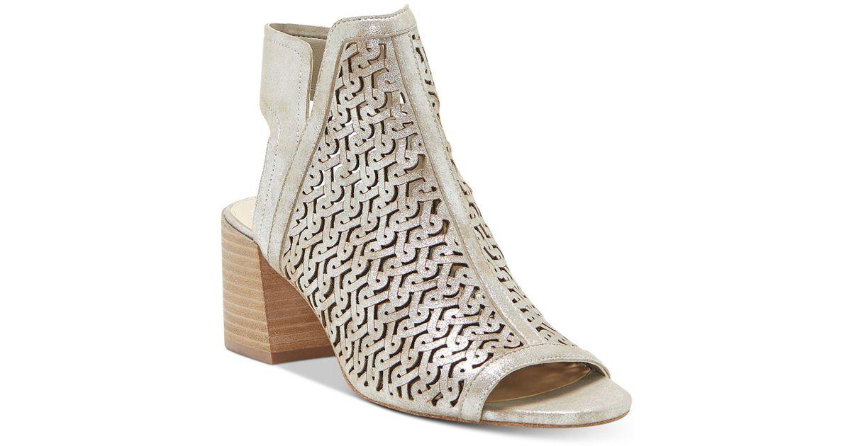 Vince Camuto Women's Sternat Laser-Cut Stacked Heel Sandals zbe658ba5