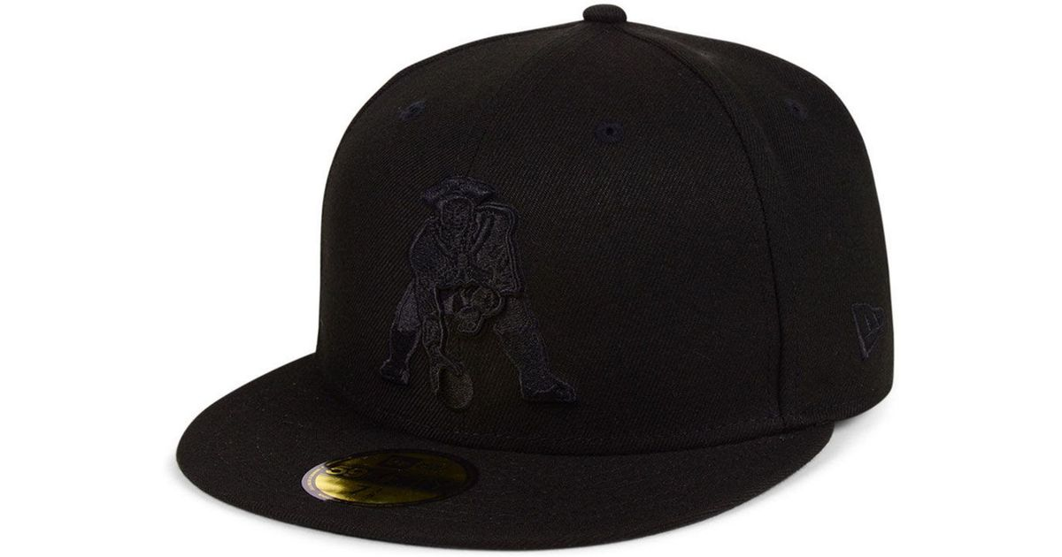293d5c01405 Lyst - KTZ New England Patriots Black On Black 59fifty Fitted Cap in Black  for Men