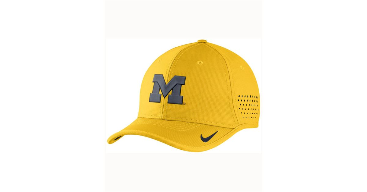 timeless design ff6dc 3bbb5 Lyst - Nike Michigan Wolverines Vapor Sideline Coaches Cap in Yellow for Men