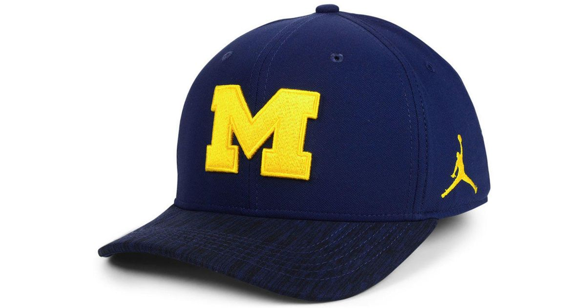 online retailer 7d5b0 ca38a Nike Michigan Wolverines Arobill Swoosh Flex Stretch Fitted Cap in Blue for  Men - Lyst