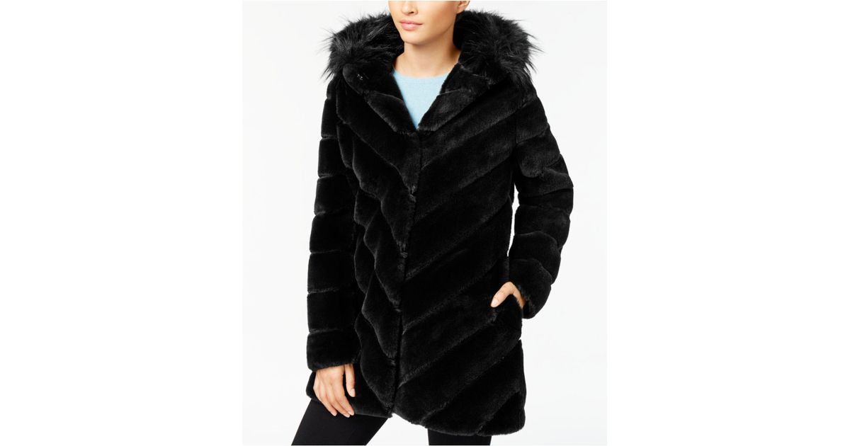 66d976f09ee6 Lyst - CALVIN KLEIN 205W39NYC Faux-fur Chevron-seamed Coat in Black