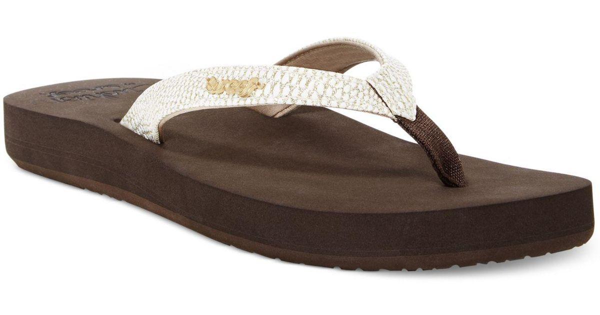 1f75a3cf73e5 Lyst - Reef Cushion Sassy Flip Flops in Brown