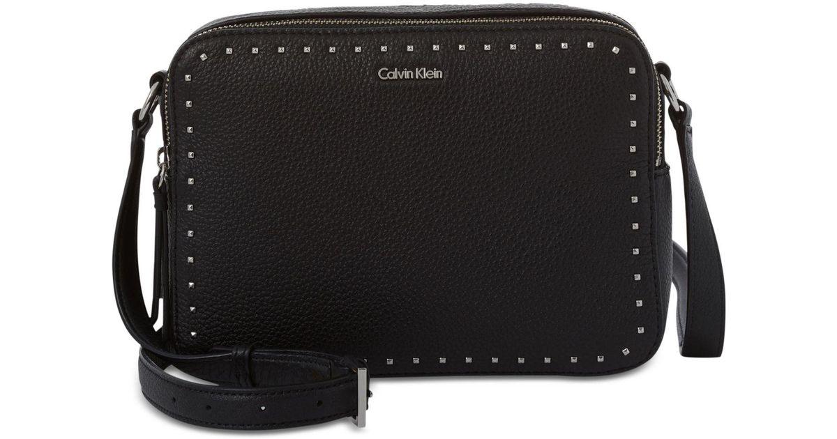ac37d5fb93 Lyst - CALVIN KLEIN 205W39NYC Avery Crossbody Camera Bag in Black