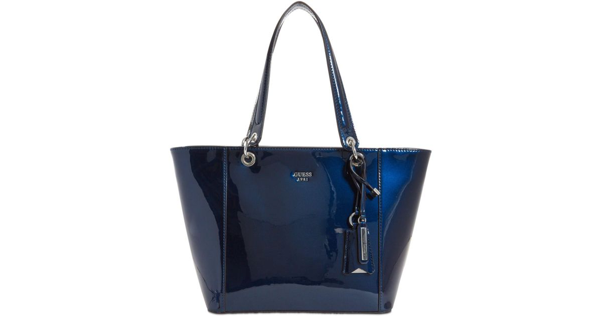 Guess Kamryn Extra-large Tote in Blue - Lyst