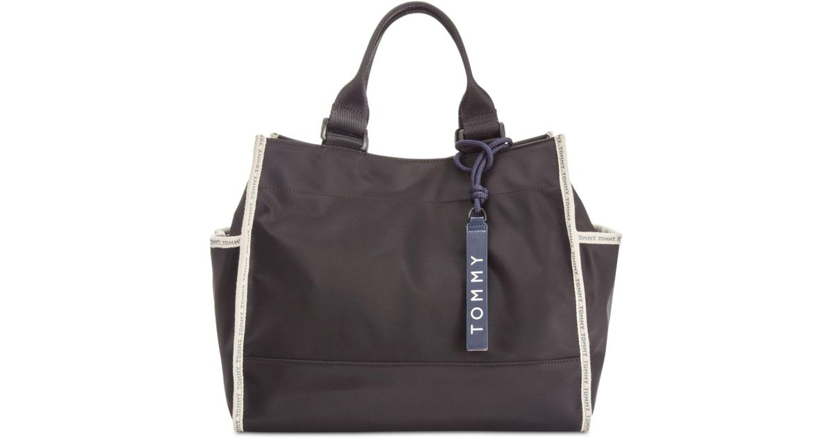 f44be16cb Tommy Hilfiger Nylon East West Tote in Black - Lyst