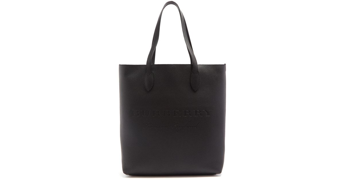 c43e8eecd133 Burberry Remington Logo-embossed Leather Tote Bag in Black - Lyst