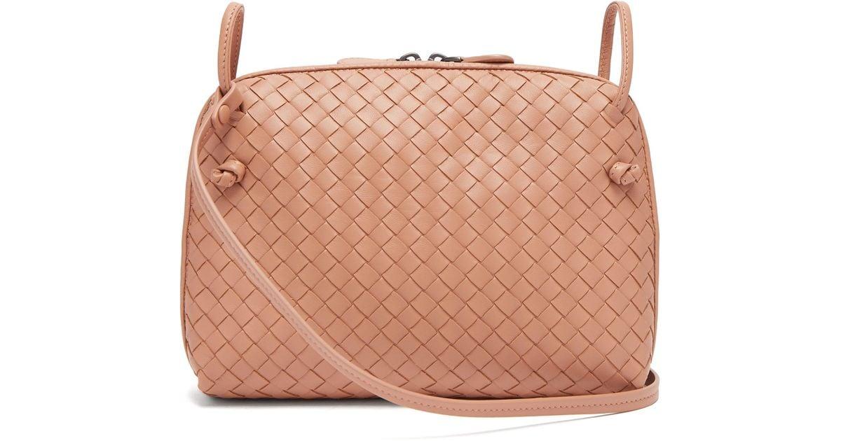 ee5bca4275 Bottega Veneta Nodini Small Intrecciato Leather Cross-body Bag in Natural -  Lyst