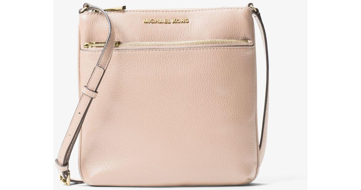 3b5734c5e8bf Lyst - Michael Kors Riley Small Pebbled Leather Messenger