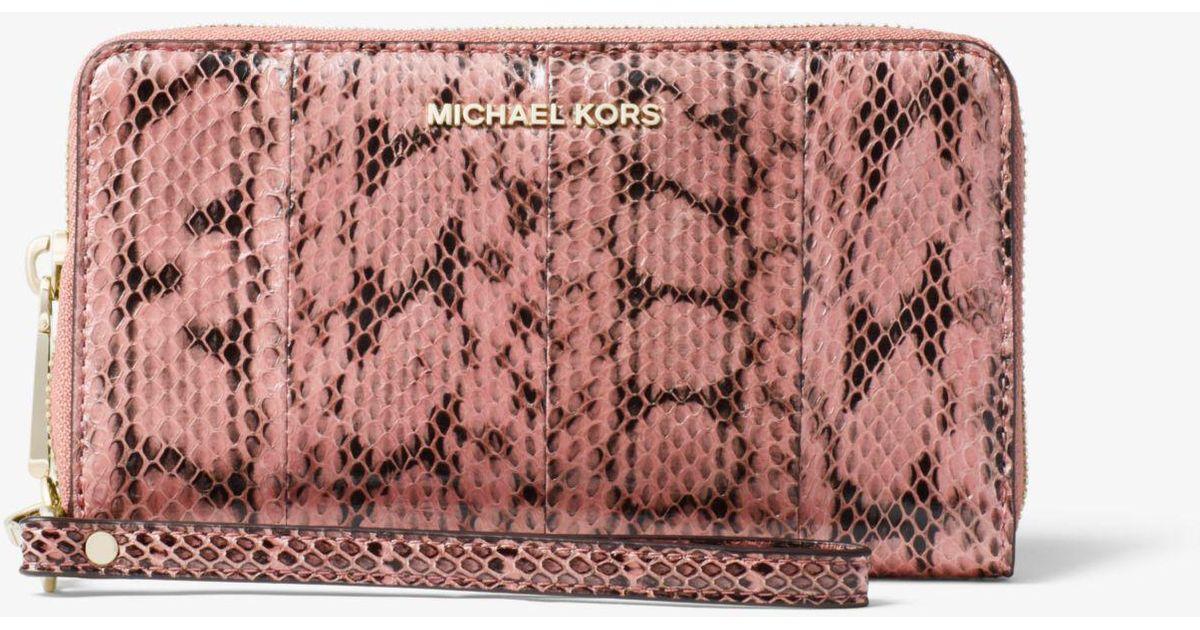 91f5134c7eac Michael Kors Snakeskin Smartphone Wristlet in Pink - Lyst