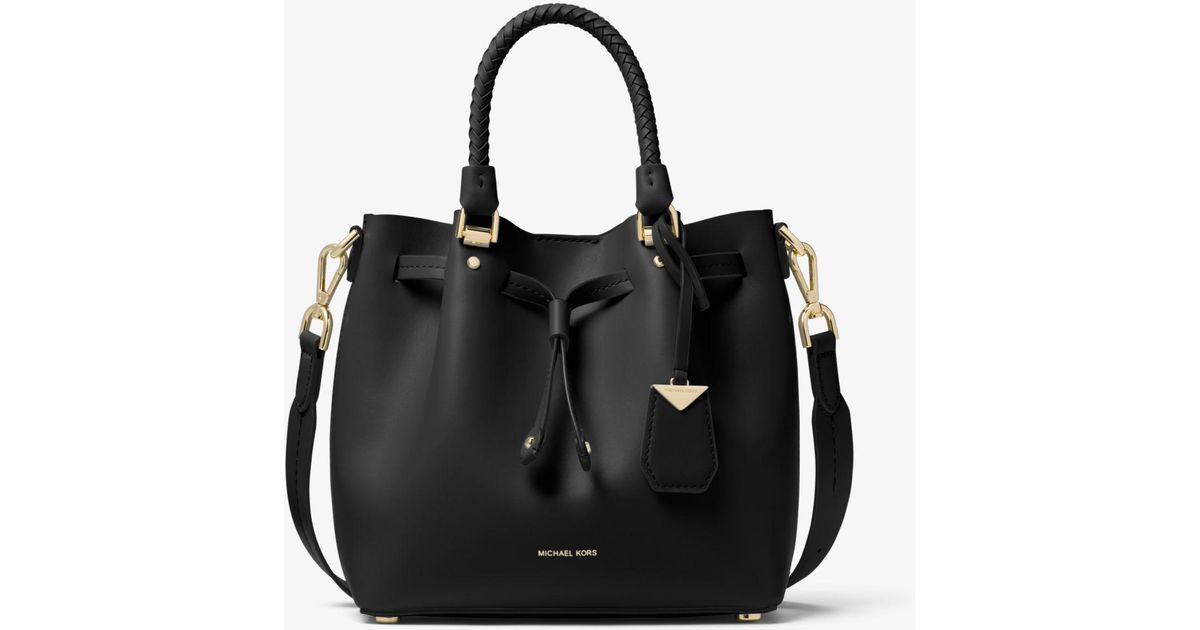 df664121d3a0a Lyst - Michael Kors Blakely Small Leather Bucket Bag in Black