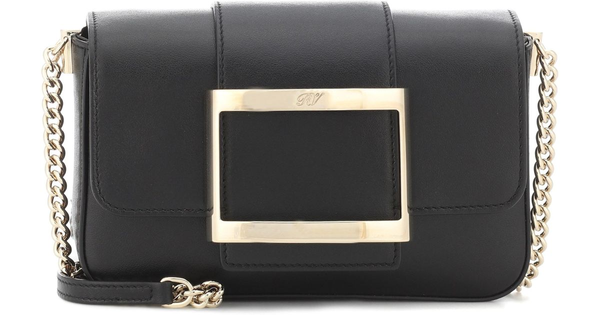 fbd647b977a7 Roger Vivier Très Vivier Micro Leather Shoulder Bag in Black - Lyst