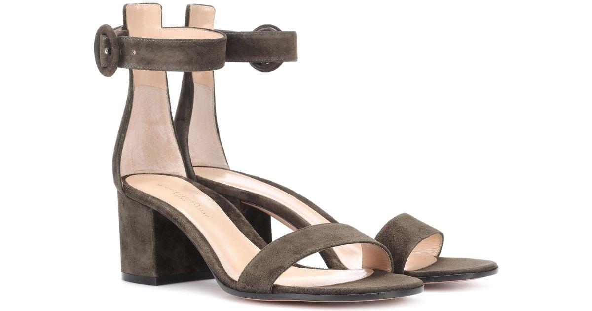 Gianvito Rossi Exclusive to mytheresa.com - Hayes 60 velvet sandals 0w8FLyO3xK