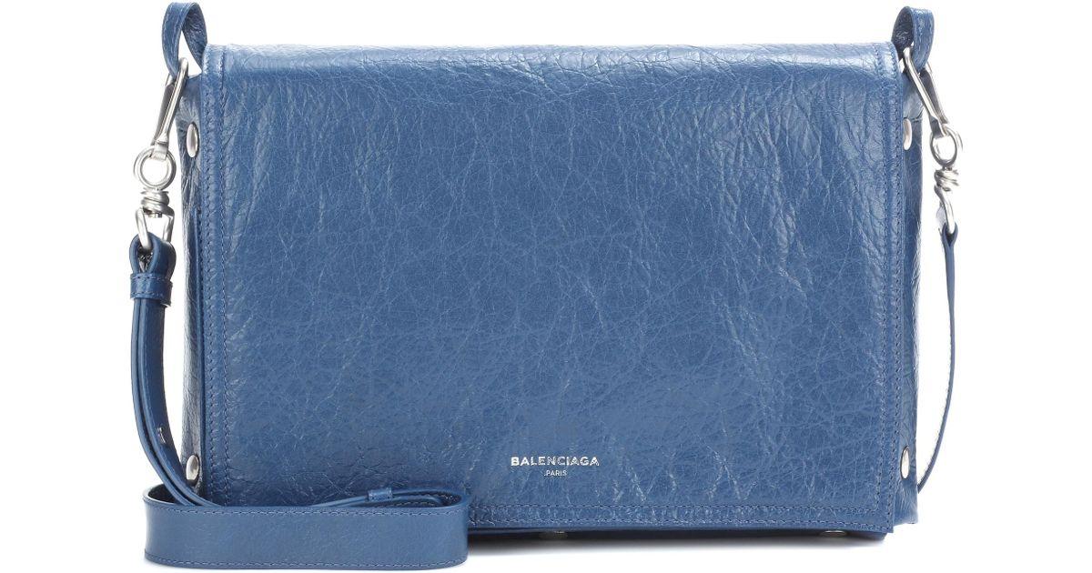 Body Blue Cuir Papier Snap En Balenciaga Lyst Sac Cross 9I2WDEHY