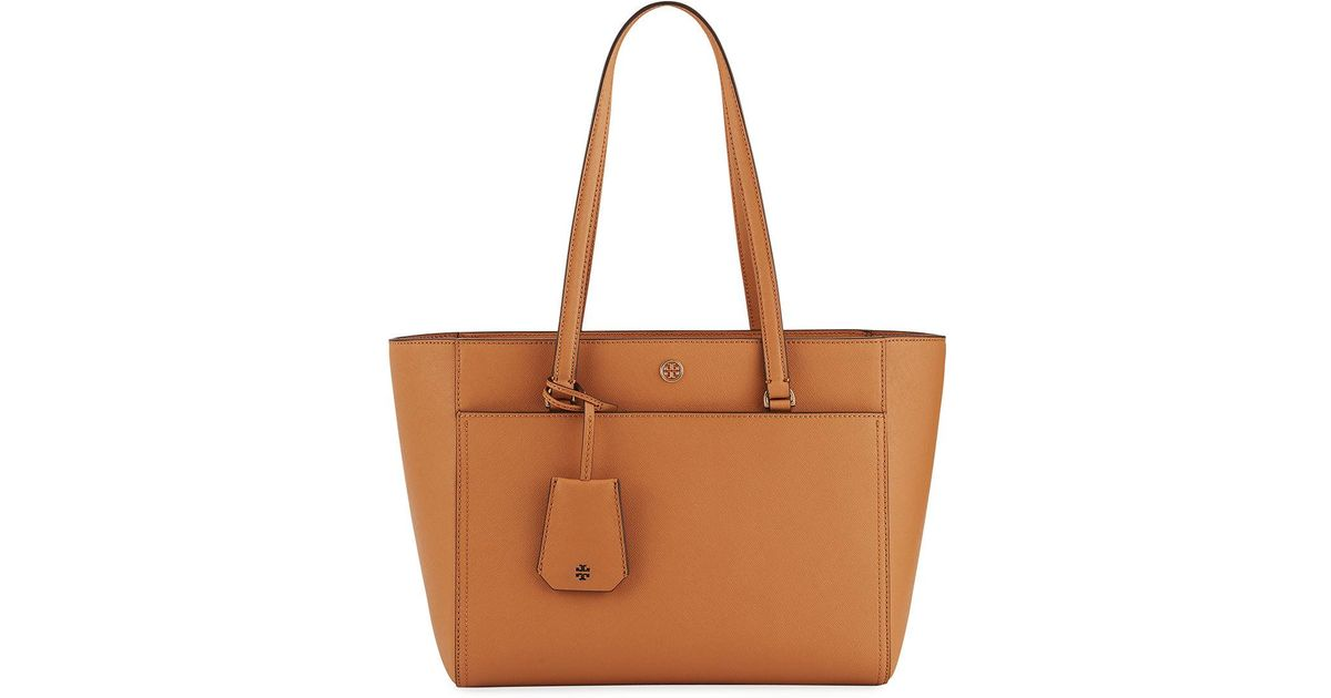 9c46afdf461 Lyst - Tory Burch Robinson Small Saffiano Leather Zip-top Shoulder Tote Bag  in Brown