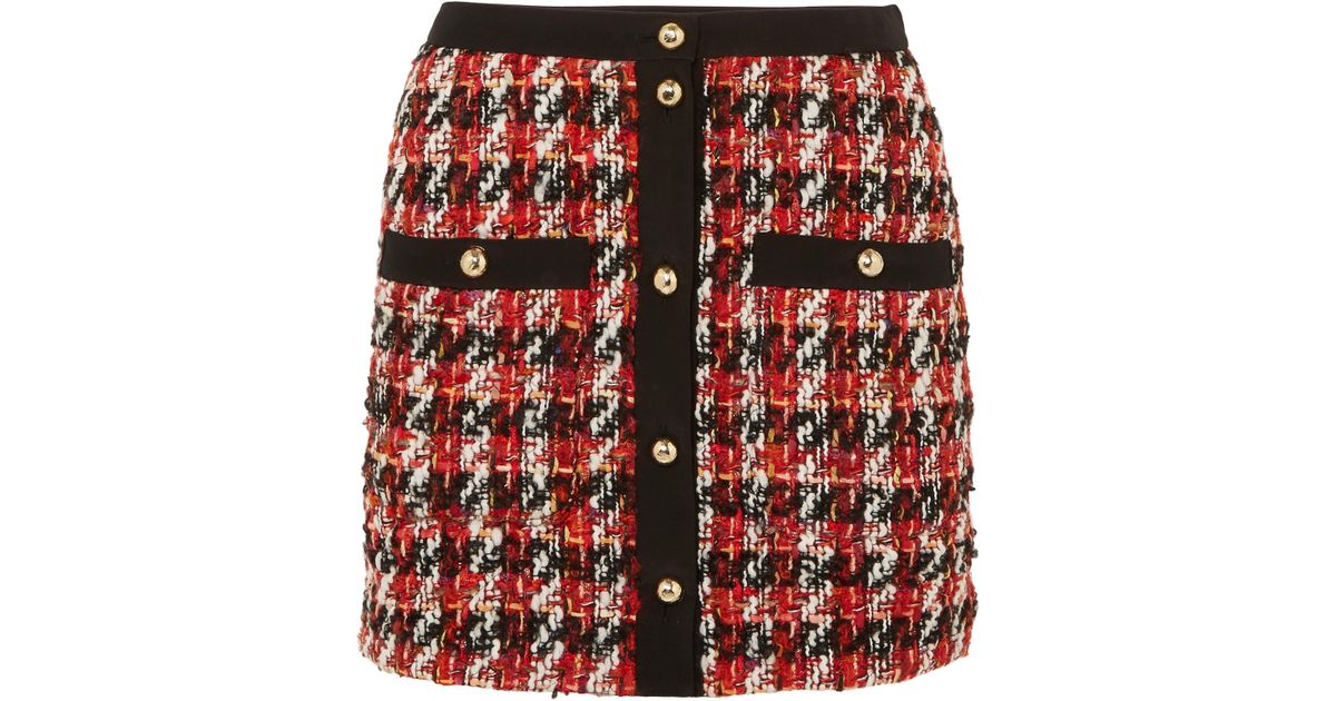 f6e5567e9fa Alessandra Rich Button-embellished Bouclé-tweed Mini Skirt in Red - Lyst