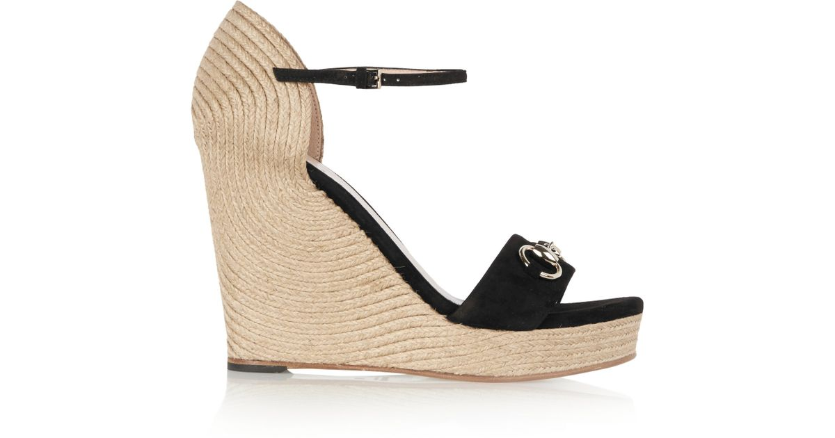 de958d15f78 Gucci Horsebit-detailed Suede Espadrille Wedge Sandals in Black - Lyst
