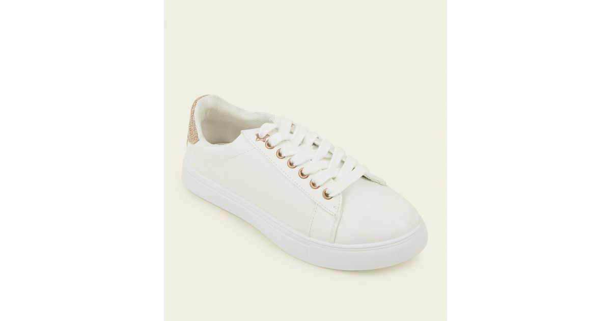 b47e6eef68c23 New Look Girls White Glitter Back Panel Trainers in White - Lyst
