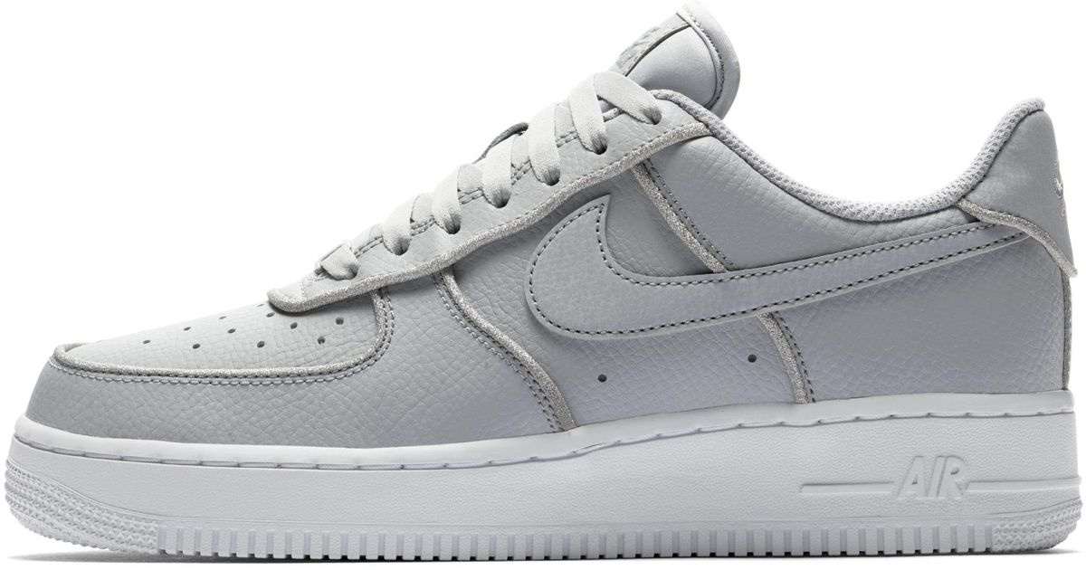 cheap for discount b5d34 e2fe9 Nike Air Force 1 Low Glitter Shoe in Gray - Lyst