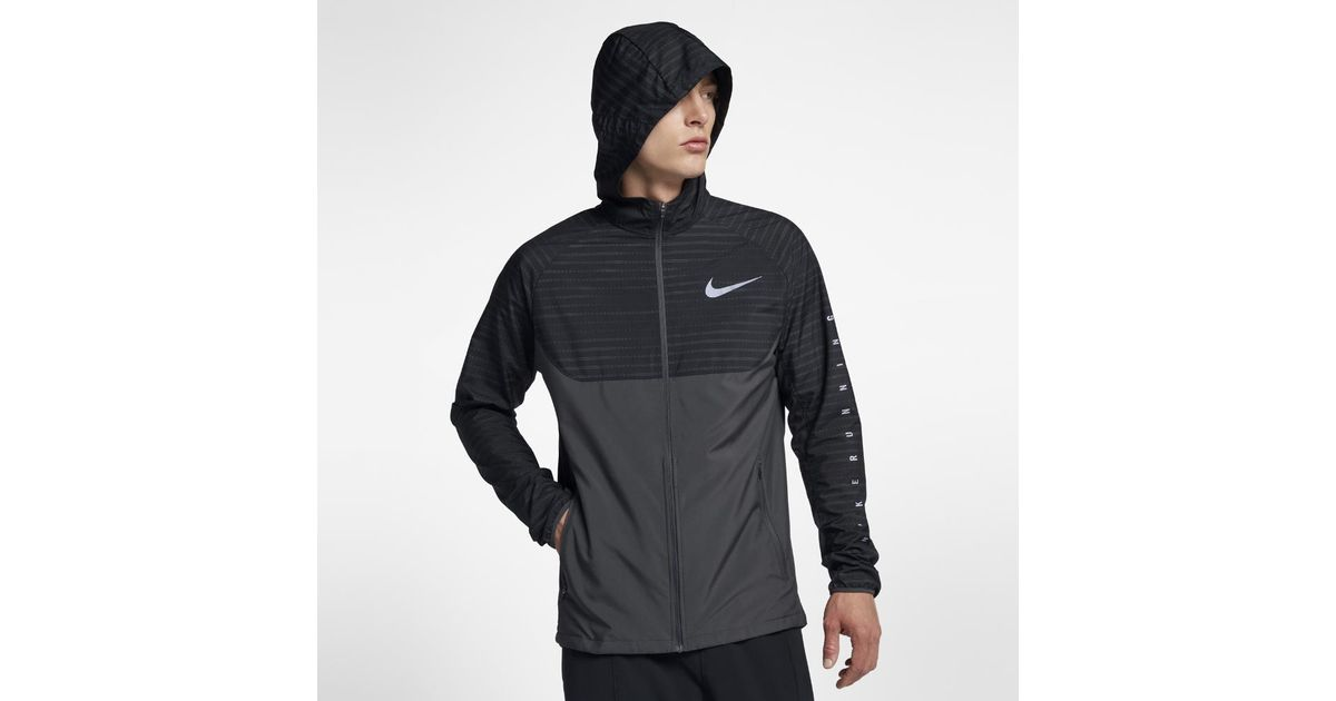 detailed pictures a4145 90311 Nike Essential Men s Hooded Running Jacket in Black for Men - Lyst