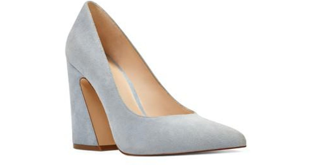 693bbb81c08 Lyst - Nine West Henra Pointy Toe Pump