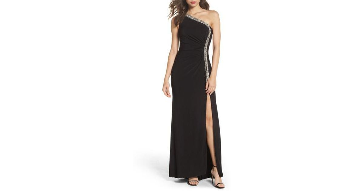 Lyst - Vince Camuto Crystal Trim One-shoulder Gown in Black