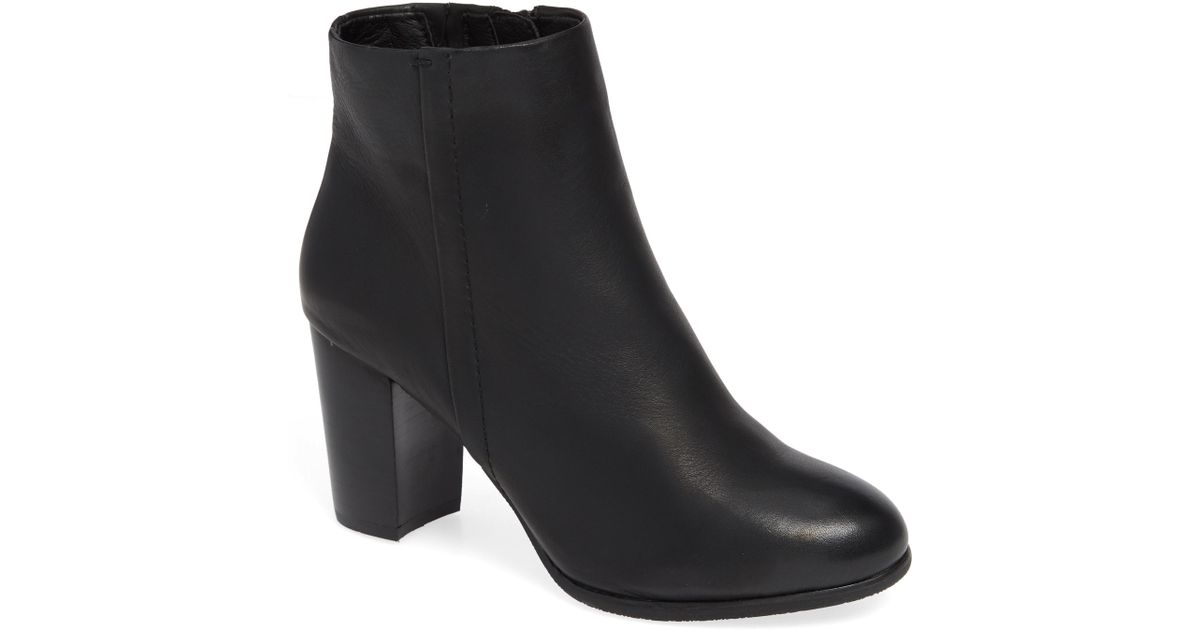 82eee4fee00 Vionic - Black Kennedy Ankle Bootie - Lyst