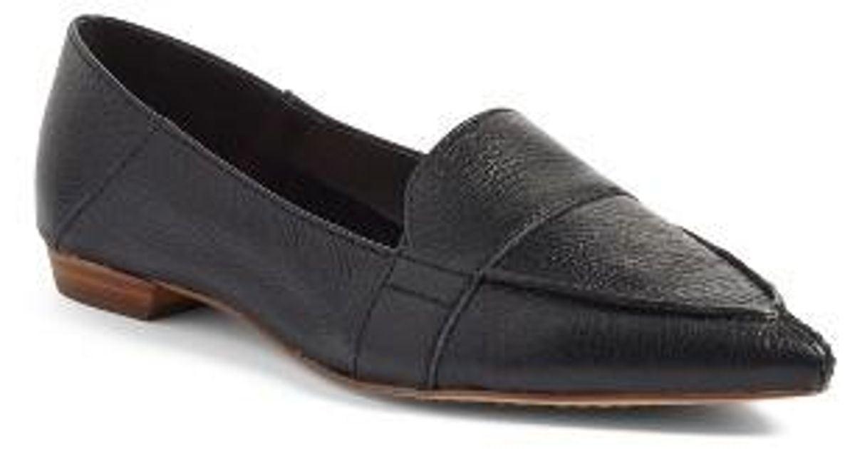 5dbc0b71fd7 Lyst - Vince Camuto Maita Pointy Toe Flat in Black