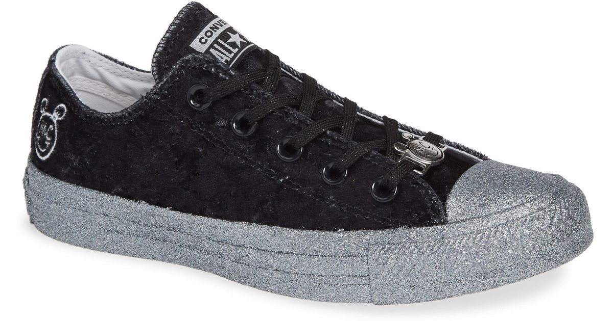 c7f9603c1d40 Lyst - Converse X Miley Cyrus Chuck Taylor All Star Velvet Glitter Low Top  Sneaker in Black
