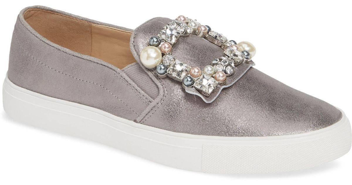 2f28ece7cbf Lyst - Karl Lagerfeld Evelyn Imitation Pearl Embellished Sneaker in Gray