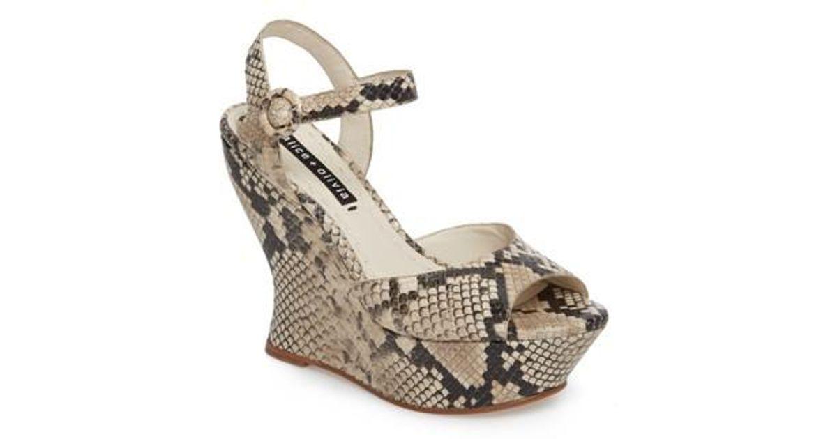 aa284f9be9fc Lyst - Alice + Olivia Jana Wedge Platform Sandal in Natural