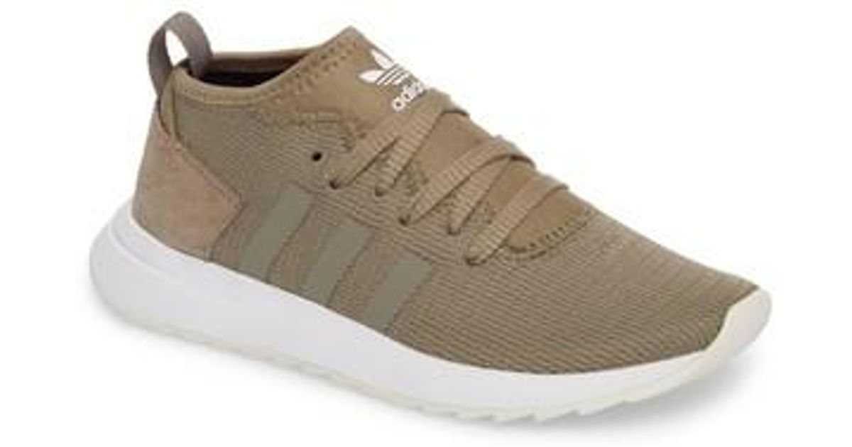 new style 26635 2175a Lyst - adidas Flashback Winter Sneaker in White