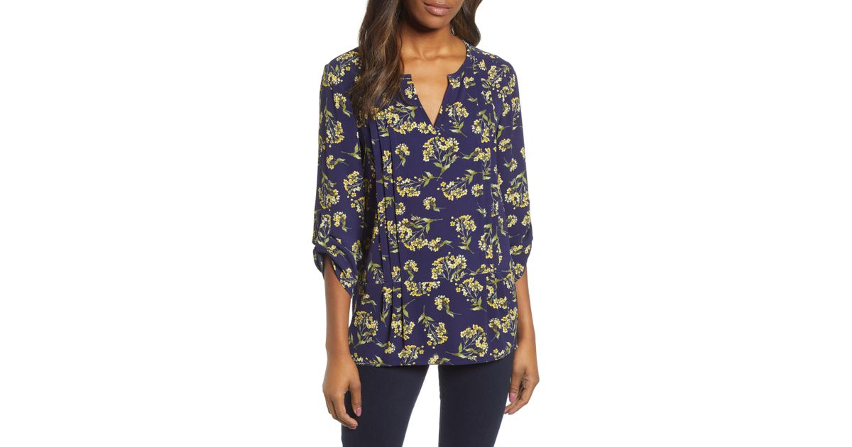 0f33de8e8bbd31 Chaus Chateau Bouquet Pintuck Blouse in Blue - Lyst