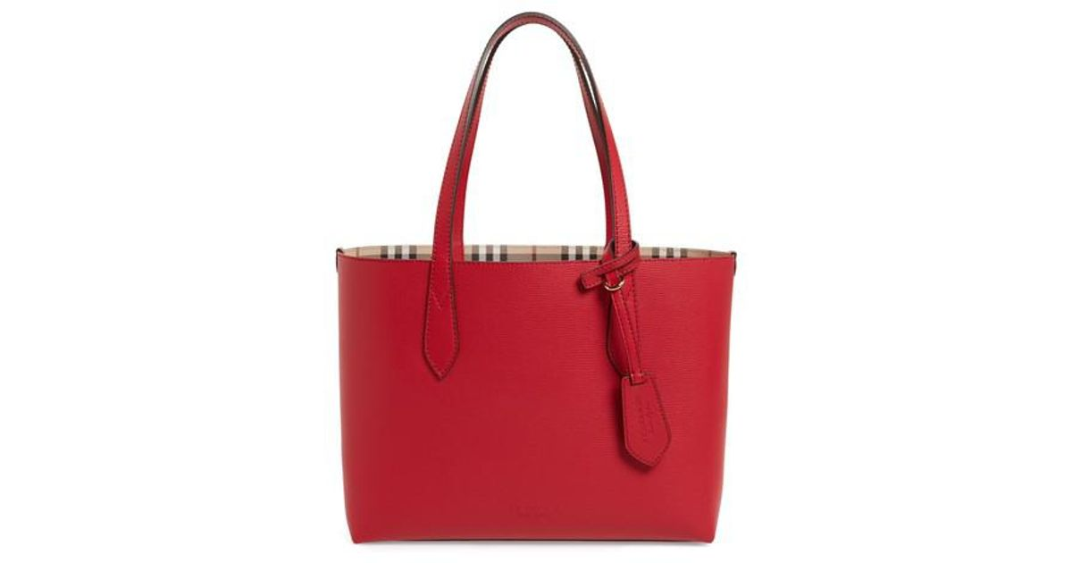 24d1e7740eaa Lyst - Burberry Small Lavenby Reversible Tote in Red