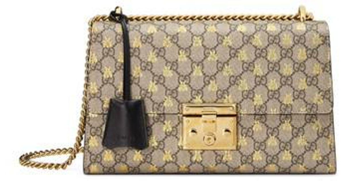 ae18a01e807 Lyst - Gucci Medium Padlock Gg Supreme Bee Shoulder Bag in Natural