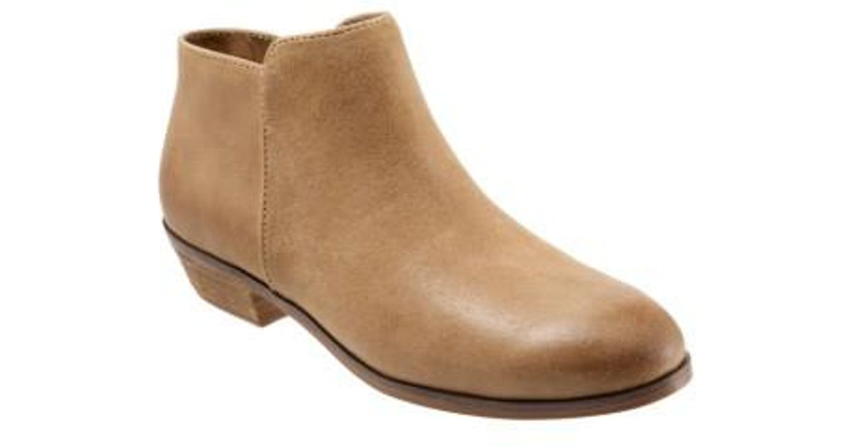 c1d8d40dffef19 Lyst - Softwalk® Softwalk  rocklin  Bootie in Brown