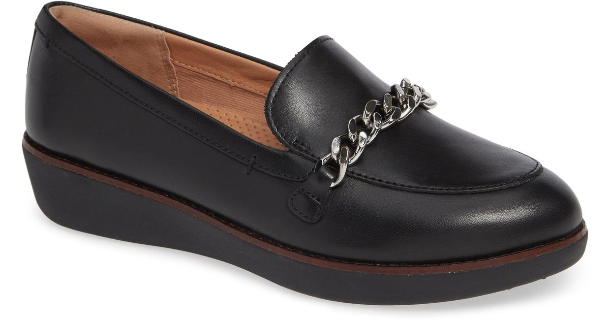 3ae2fa66c15ffd Lyst - Fitflop Petrina Chain Loafer in Black - Save 43%