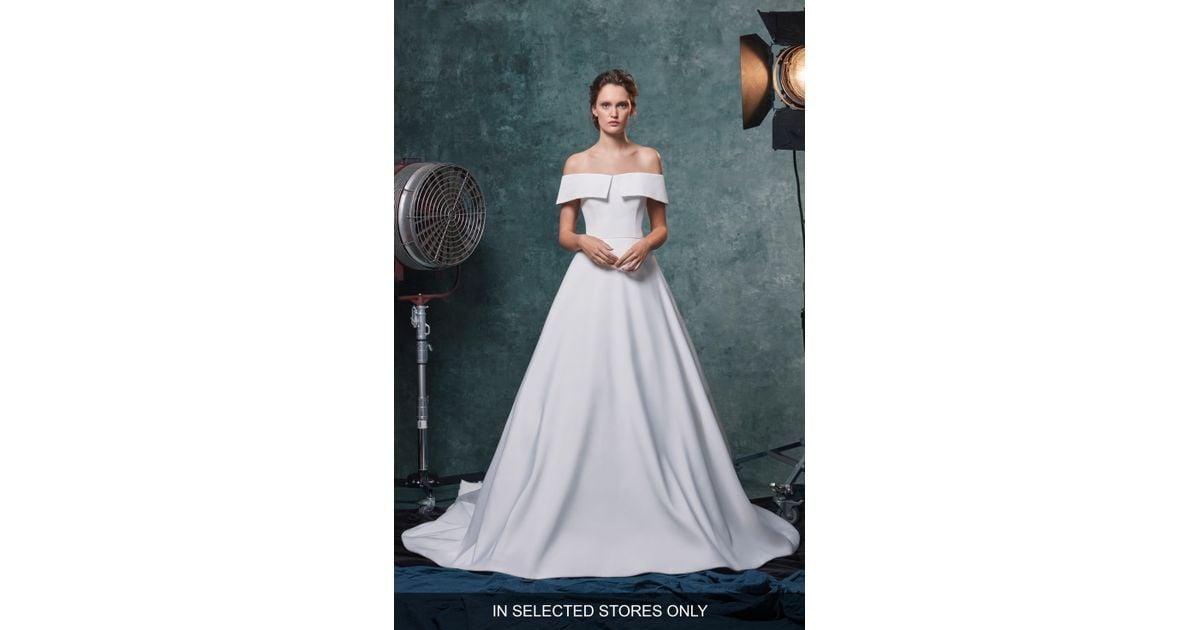 0f0d1191a473 Sareh Nouri. Women's White Angelina Off The Shoulder Faille Wedding Dress