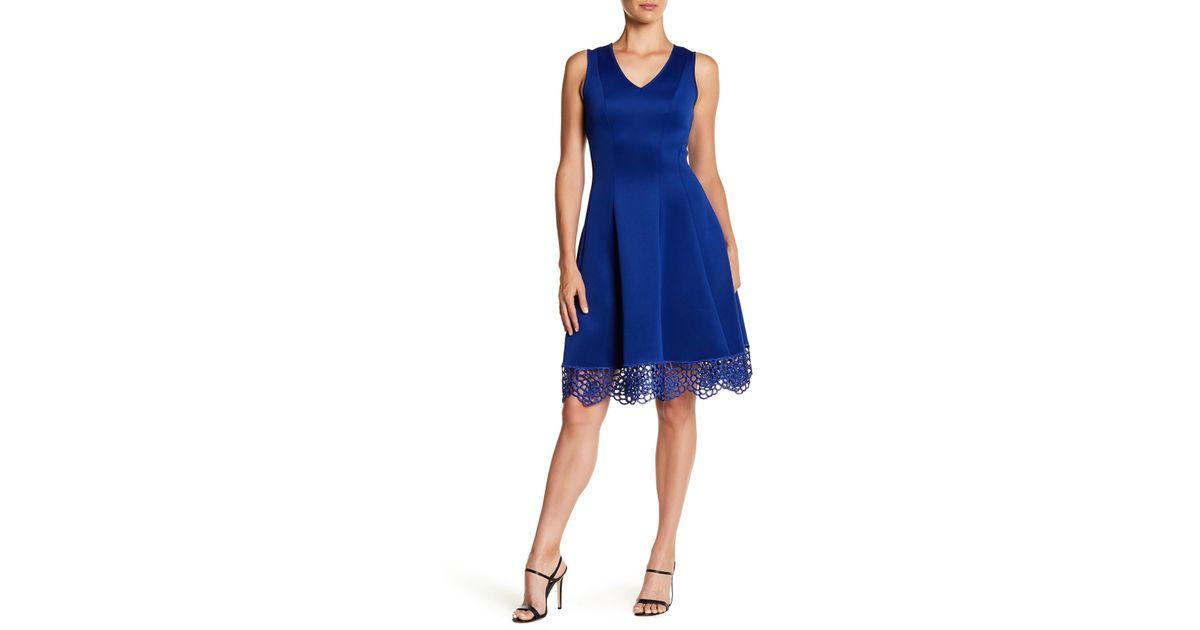 a09db3aa9426 Lyst - Donna Ricco V-neck Crochet Hem Dress in Blue