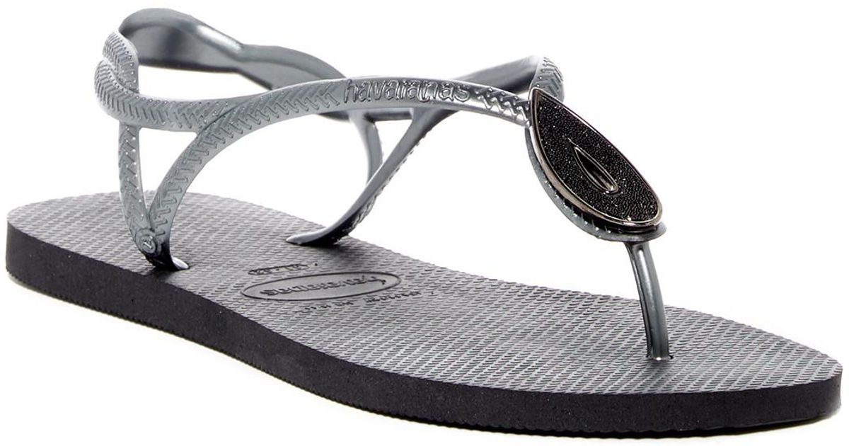 97df6aae78fa Lyst - Havaianas Luna Special Crystal Accented Thong Sandal in Black