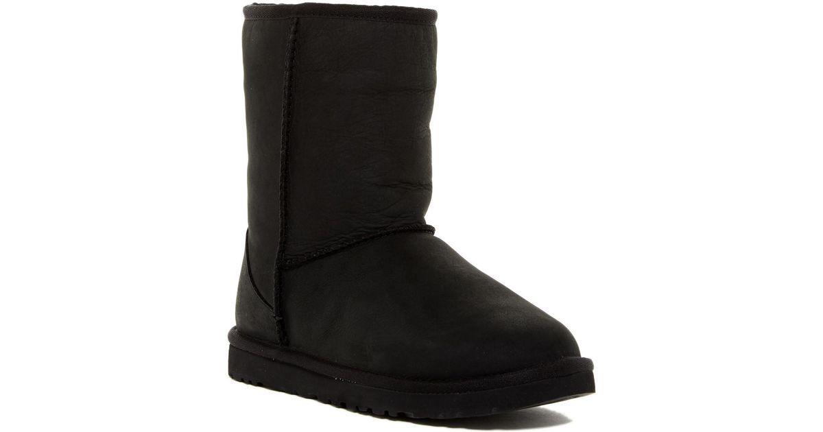 b5720cb21b58 r Boot Lyst Short In Ugg women Leather Classic Black Xxx5wg