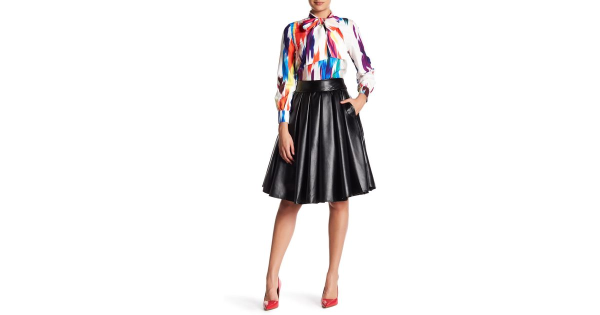 af16fedca5 Gracia Faux Leather Flare Skirt in Black - Lyst