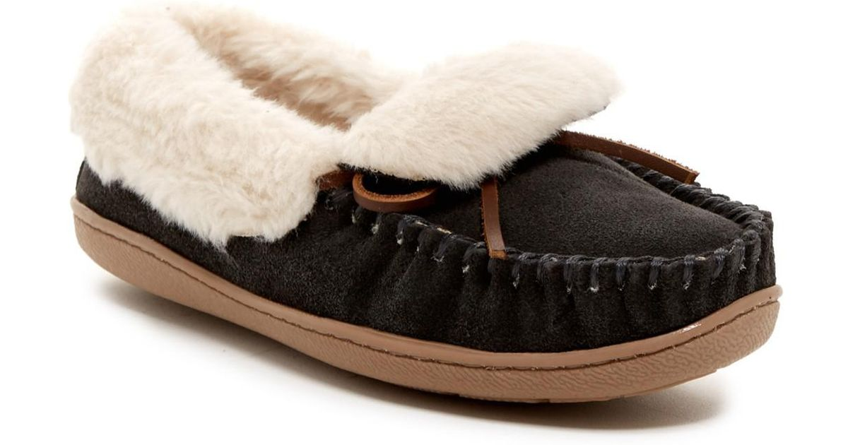 b3a4a09e4df Lyst - Minnetonka Trina Folded Faux Fur Suede Trapper in Natural