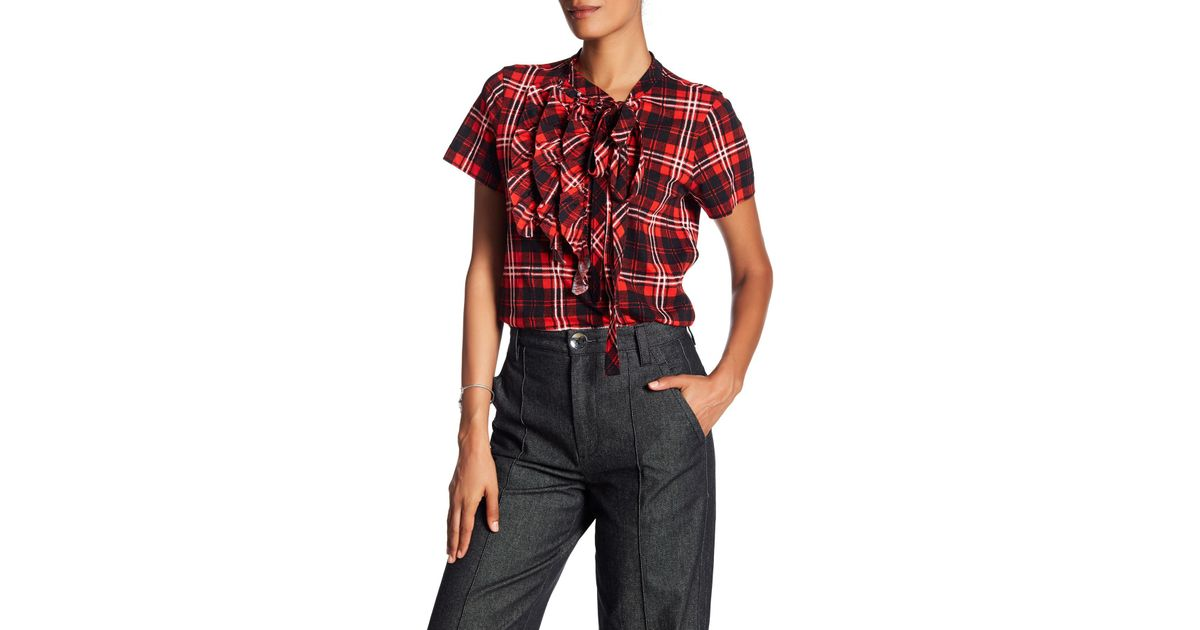 d630e05f1aa403 Marc Jacobs Short Sleeve Knit Ruffle Blouse in Red - Lyst